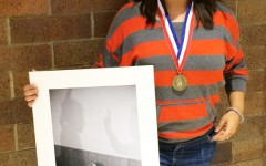 Art student medals at state competition