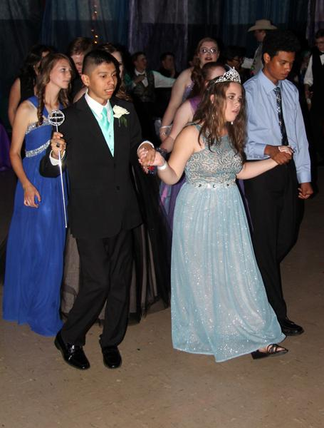 Prom+royalty--Seniors+Nicolas+Garcia+and++Kaylee+Bingham+dance+after+being+crowned+at+the+prom+on+April+16.
