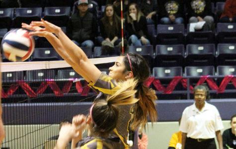 Maiden volleyball advances to area round Saturday