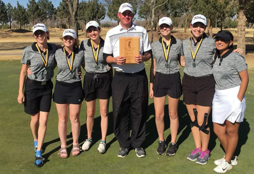 State+bound+golfers--%0ASenior+Mallorie+Duncan%2C+senior+Juliana+Klassen%2C+senior+Alyssa+Garcia%2C+Coach+Mitch+Shain%2C+senior+Jordan+Allen%2C+junior+Alex+Wall+and+junior+Amanda+Mejorado