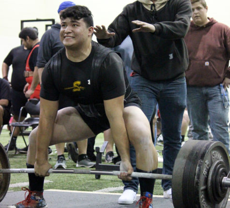 Indian powerlifting takes fourth in Seagraves