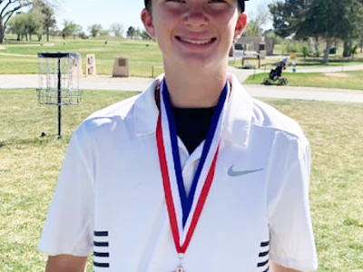 Freshman advances to regionals in golf
