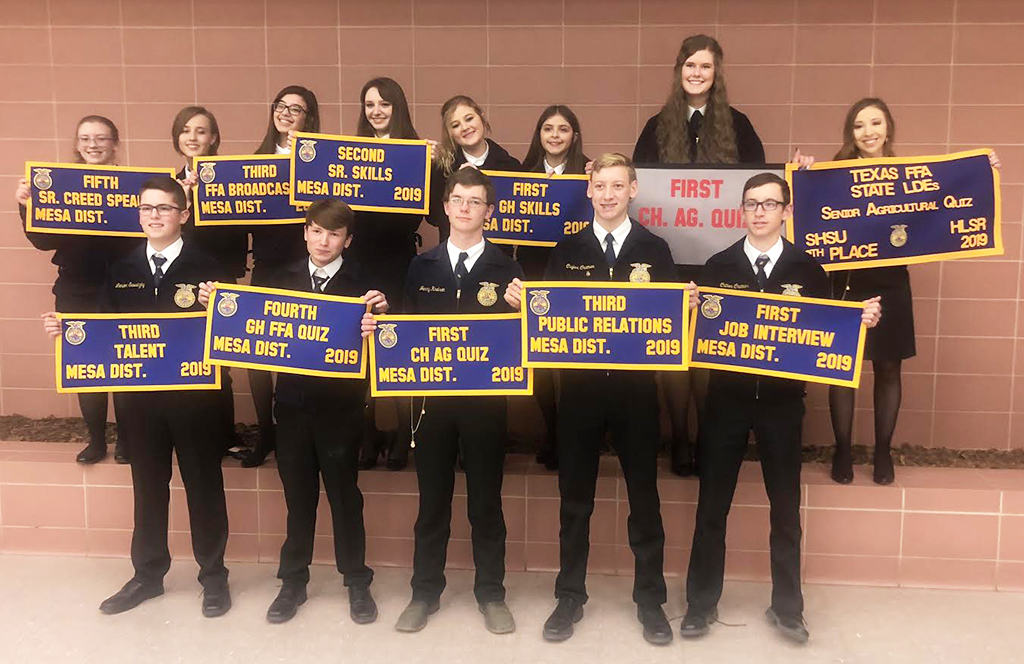 FFA leadership teams-- (Back) Brooke Archuleta, Emily Archer, Kylie Lopez, Kasey Long, Maelie Shelton, Jazelle Sotelo, Delaney Brown, Taylor Carlisle, (front) Nick Youngblood, Blayne Shook, Jerry Knelsen, Cuyler Cramer, Cutter Cramer